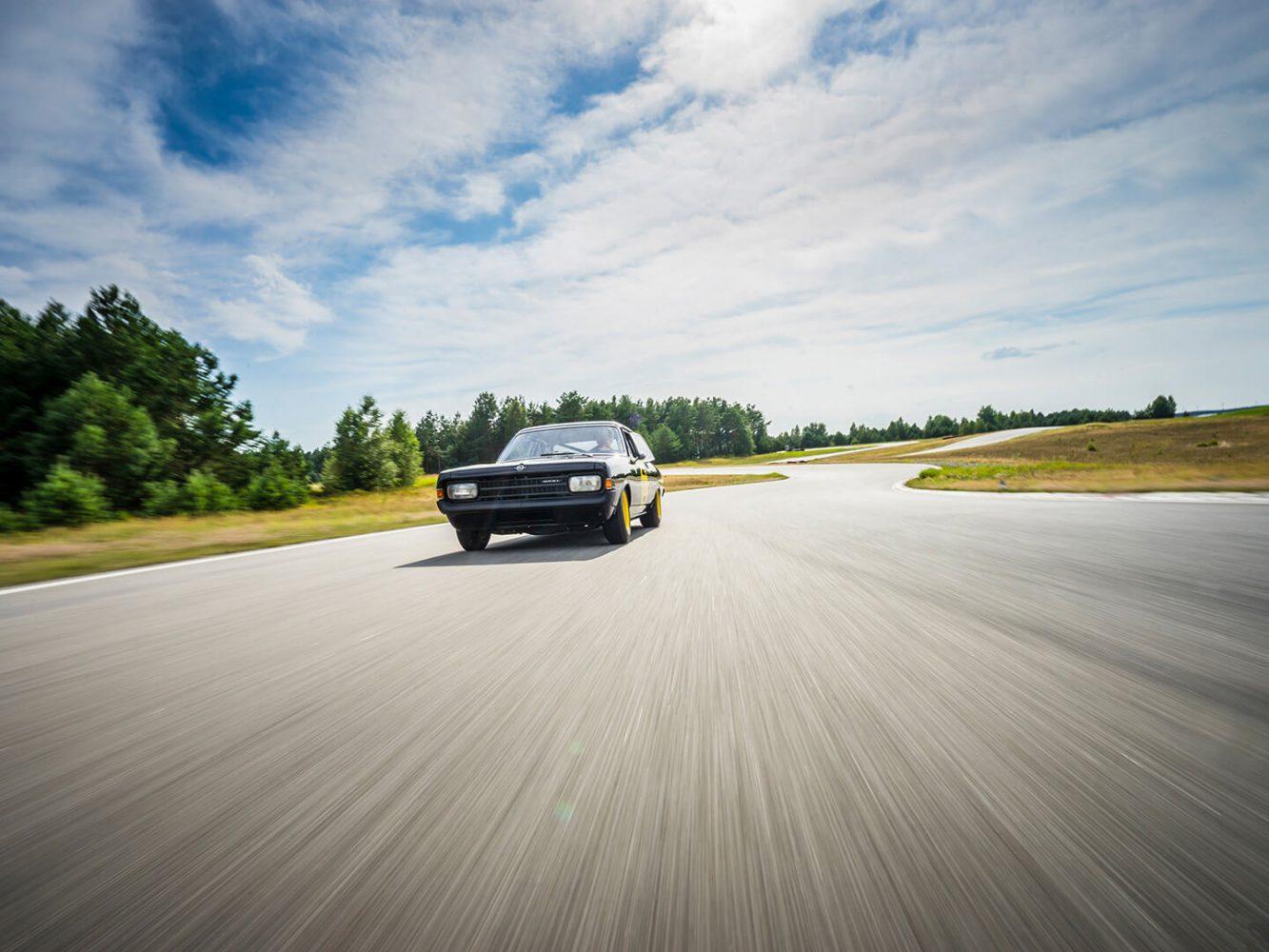 Motorliebe — LOST TRACKS > Buch